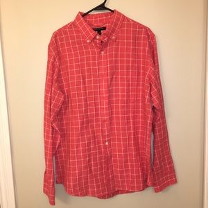 Red and White Banana Republic Button Up Size Large